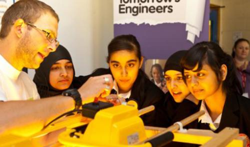 girls-in-engineering